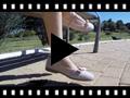 Video from Babies à bracelet pour fille avec ruban