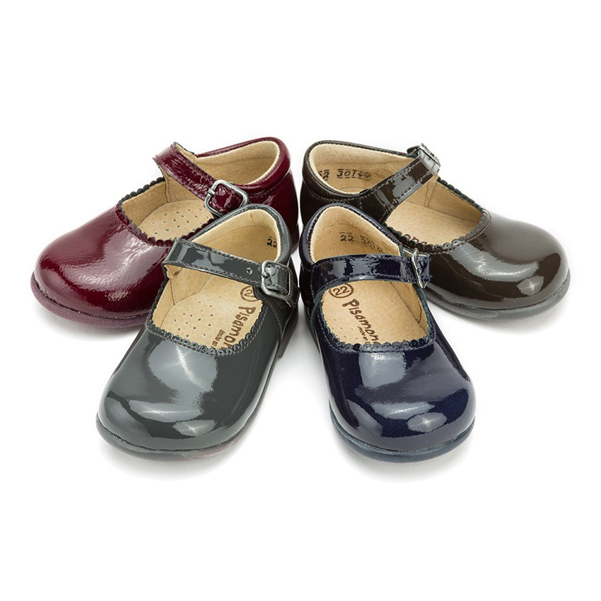Chaussures babies en cuir verni avec fermeture à boucle pour petites filles