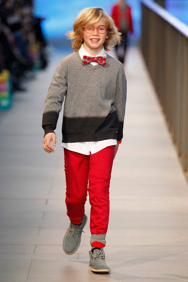 Pisamonas en Barcelona Fashion 2014 botas safari pisacacas para niños grises