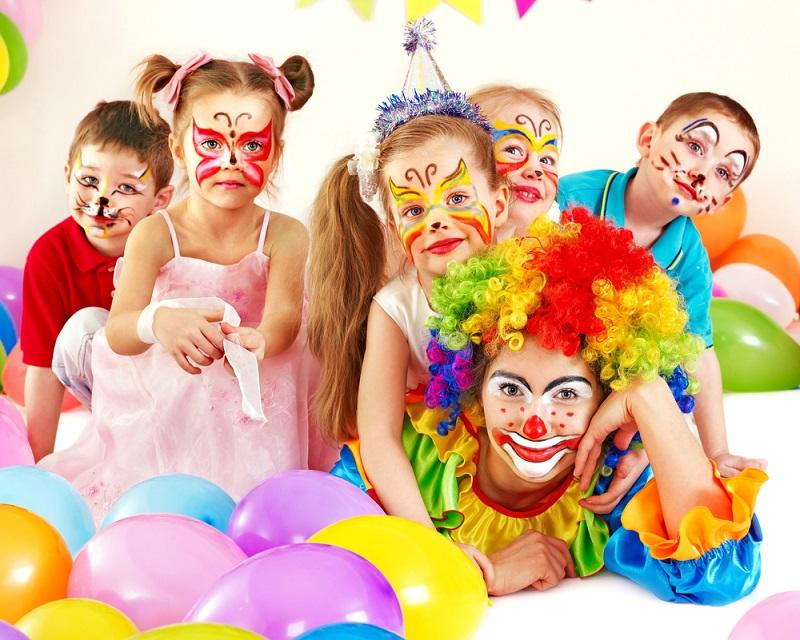 Préparez vote propre fête costumée pour enfants